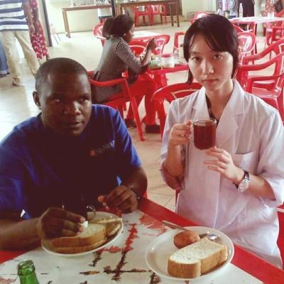 タンザニアで医療 吉岡アリス